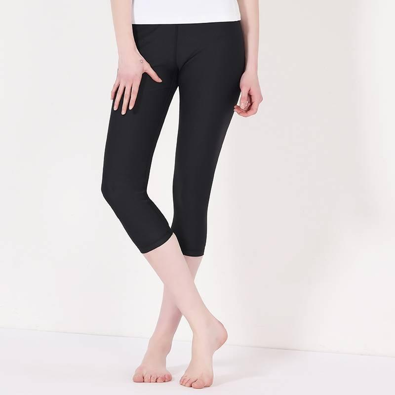 Spandex capri yoga pants plain black Y1911C01