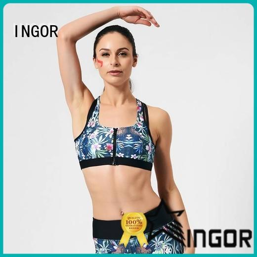 custom sports bra with built in bra back to enhance the capacity of sports at the gym