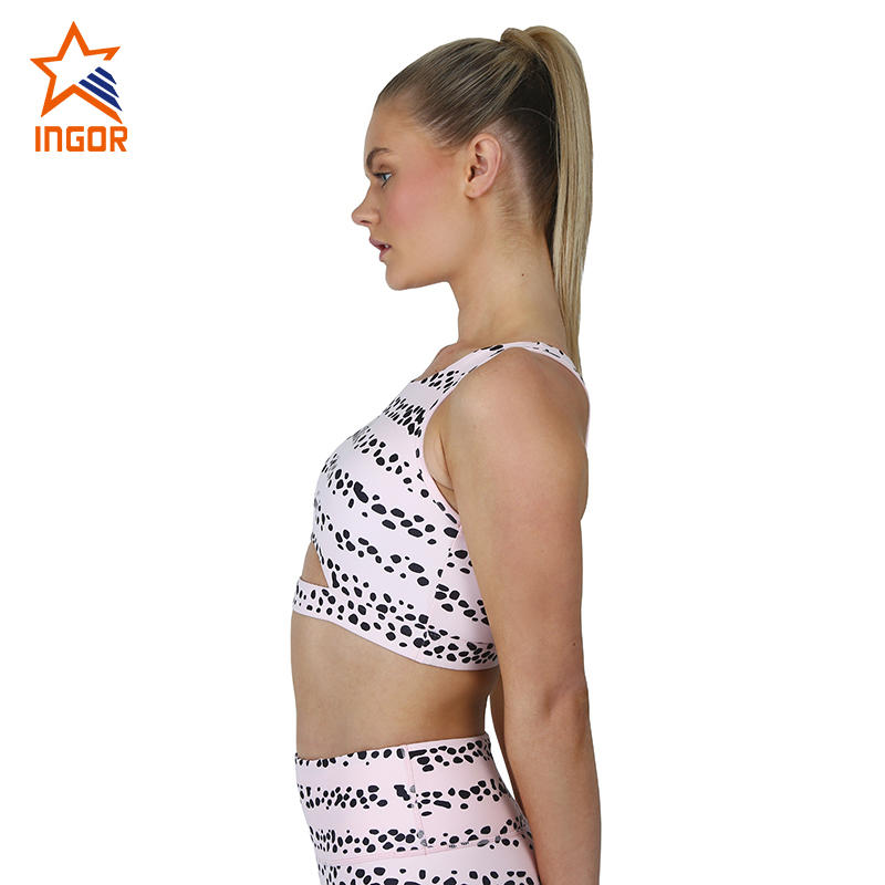 Stylish Activewear Customize Sublimation Women Workout Gym Sports Bra And Shorts Set