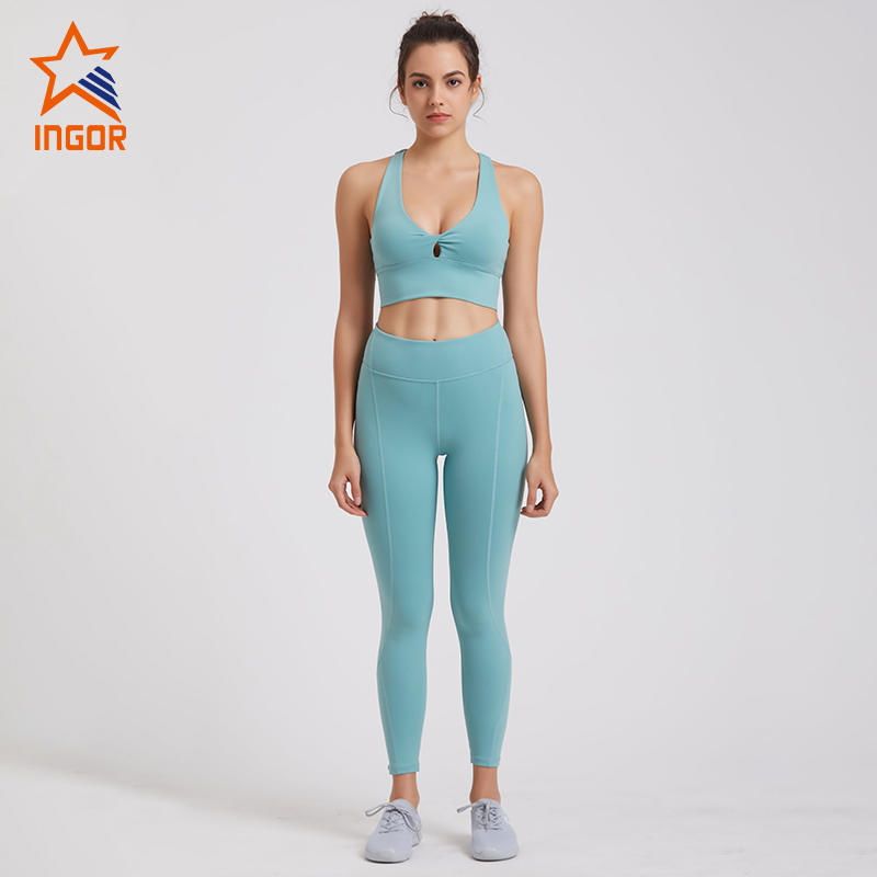 Women Racerback Sports Bra Workout Yoga Set